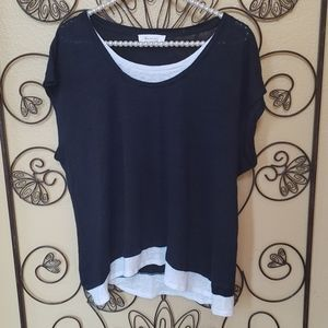 Two by Vince Camuto sleeveless linen navy top